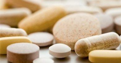 Thuốc Metronidazol thuộc nhóm kháng sinh nào?