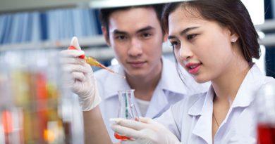 Cao đẳng Dược liên thông đại học mấy năm?